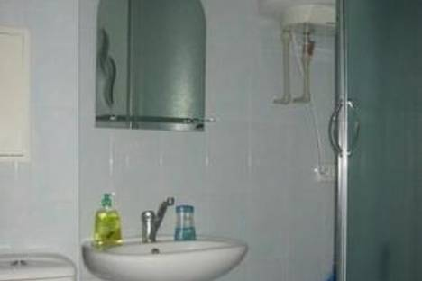 Сдается 1-комнатная квартира посуточно в Николаеве, ул. Дзержинского, 54.