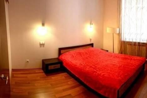 Сдается 1-комнатная квартира посуточно в Белой Церкви, Институцкий переулок, д. 1.
