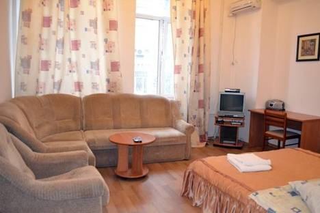 Сдается 1-комнатная квартира посуточно в Киеве, Михайловская ул., 22.