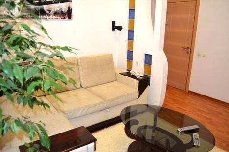 Сдается 2-комнатная квартира посуточно в Киеве, Михайловский пер. дом 9А.