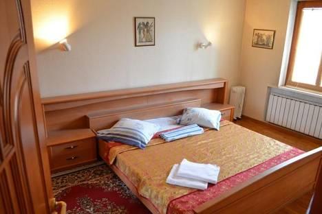 Сдается 2-комнатная квартира посуточно в Киеве, ул. Саксаганского, 9.
