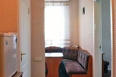 Сдается 1-комнатная квартира посуточно в Киеве, Рыбальская, д.3.