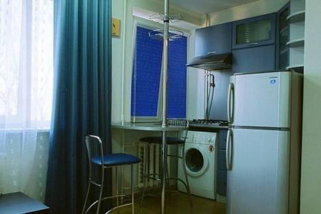 Сдается 1-комнатная квартира посуточно в Киеве, Лабораторный переулок, 26.