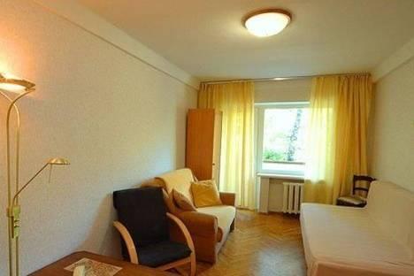 Сдается 2-комнатная квартира посуточно в Киеве, Печерский спуск, д.6.