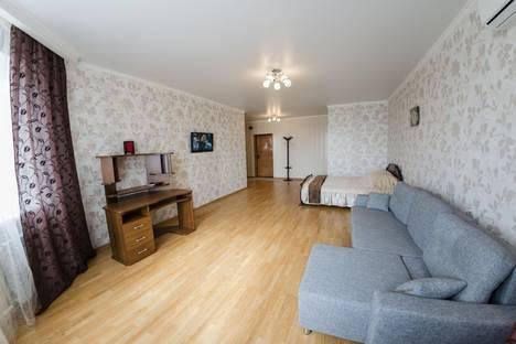 Сдается 1-комнатная квартира посуточнов Оренбурге, Автомобилистов 2/2.