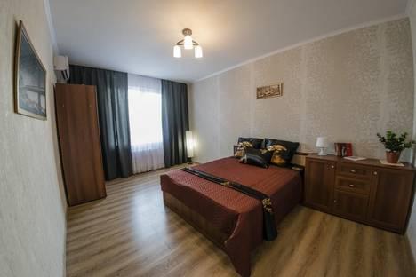 Сдается 2-комнатная квартира посуточно в Оренбурге, Мира 3/1.