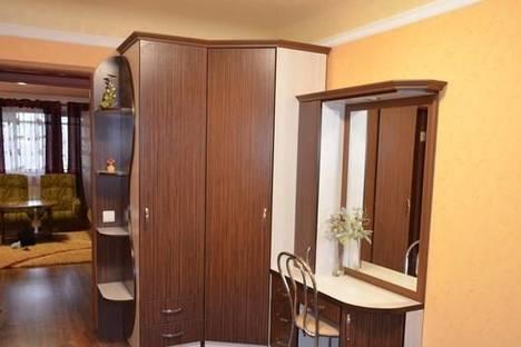 Сдается 2-комнатная квартира посуточнов Энергодаре, ул. Каштановая , 56.