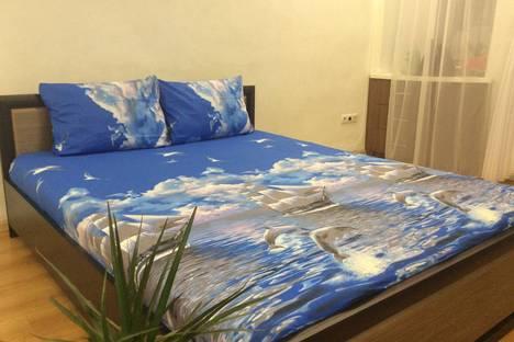 Сдается 1-комнатная квартира посуточно в Алупке, ул. Калинина, 30-2.