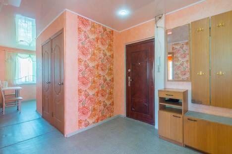 Сдается 3-комнатная квартира посуточно в Магнитогорске, Сталеваров 6.