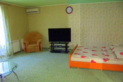 Сдается 1-комнатная квартира посуточнов Славянске, ул. Ленина, 33.