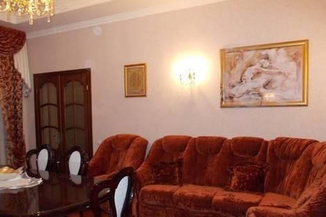 Сдается 3-комнатная квартира посуточно в Львове, ул. Академика Филатова, 10.