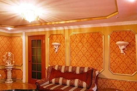 Сдается 2-комнатная квартира посуточно в Херсоне, пл. Свободы, 8.