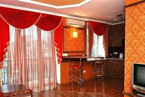 Сдается 2-комнатная квартира посуточно в Херсоне, пр-т Ушакова, 30/1.
