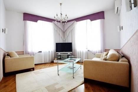 Сдается 3-комнатная квартира посуточно в Минске, Красная ул., 22.