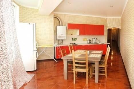 Сдается 3-комнатная квартира посуточно в Пятигорске, Угловой переулок, д. 8,а.