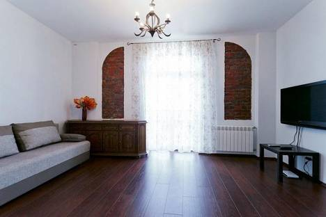 Сдается 4-комнатная квартира посуточно в Минске, ул.Кирова, 1.