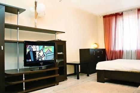 Сдается 1-комнатная квартира посуточно в Ростове-на-Дону, ул. Максима Горького, 128.