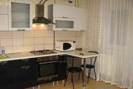 Сдается 2-комнатная квартира посуточно в Луцке, ул. Кравчука, 11Б.