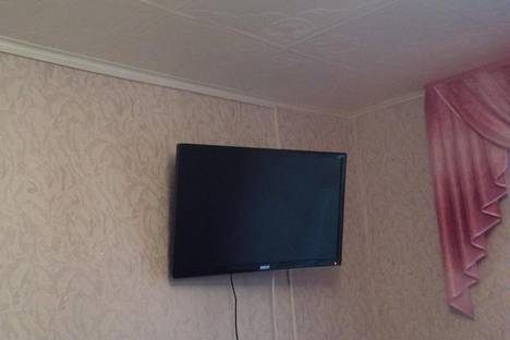 Сдается 2-комнатная квартира посуточнов Сарапуле, Ленина, 17.