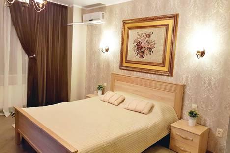 Сдается 1-комнатная квартира посуточно в Севастополе, пр.Античный,20б.