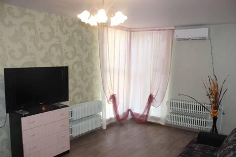 Сдается 1-комнатная квартира посуточнов Воронеже, Московский проспект, 110в.