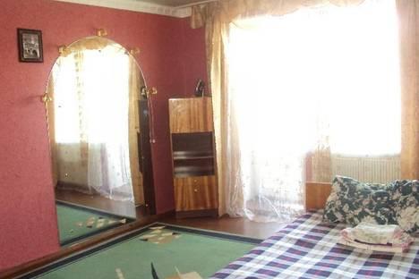 Сдается 2-комнатная квартира посуточно в Копейске, проспект Славы, 31б.