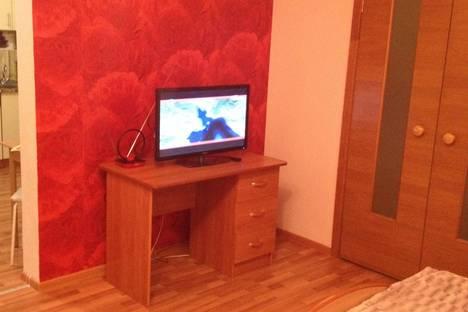 Сдается 1-комнатная квартира посуточнов Екатеринбурге, Уральская 75.