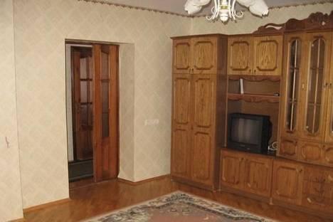 Сдается 2-комнатная квартира посуточно в Луцке, ул. Загородная, 2а.