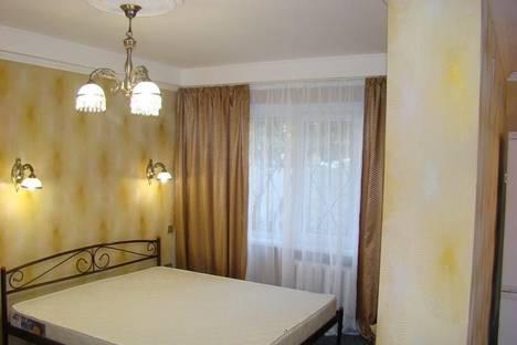 Сдается 1-комнатная квартира посуточно в Запорожье, Центральный бульвар, 18.