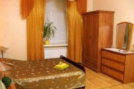 Сдается 1-комнатная квартира посуточно в Киеве, Владимирская ул., 19.