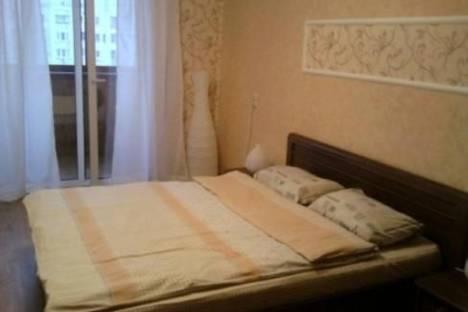 Сдается 2-комнатная квартира посуточно в Киеве, Межигорская ул., 56.