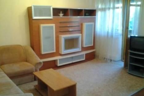 Сдается 2-комнатная квартира посуточно в Киеве, Братская ул., 4.