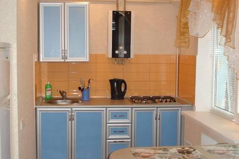 Сдается 1-комнатная квартира посуточно в Запорожье, ул. Победы, 113.