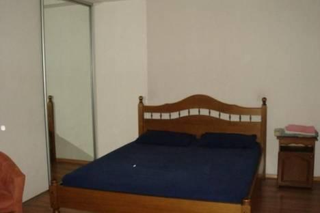 Сдается 1-комнатная квартира посуточно в Запорожье, Центральный бульвар, 14.