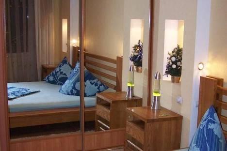 Сдается 2-комнатная квартира посуточно в Запорожье, Проспект Ленина, 177.