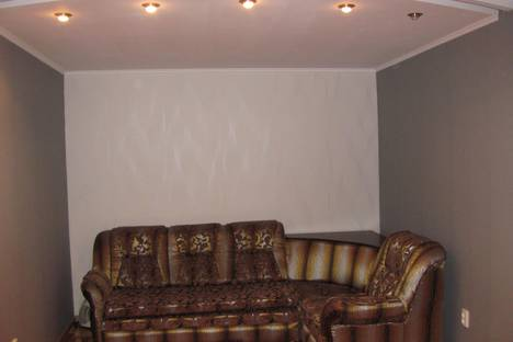 Сдается 2-комнатная квартира посуточно в Запорожье, ул.Днепропетровское шоссе, 30.
