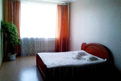 Сдается 2-комнатная квартира посуточнов Оренбурге, ул. Салмышская  11/1.