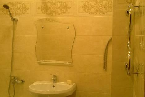 Сдается 1-комнатная квартира посуточно в Балакове, ул. Проспект Героев, 10.