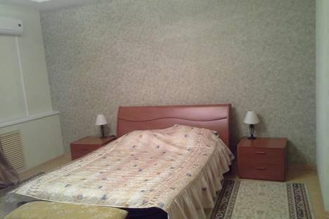 Сдается 1-комнатная квартира посуточно, 30 лет Победы 31.