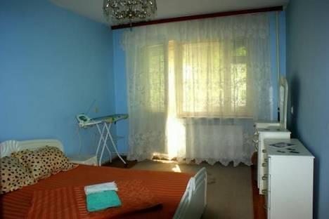Сдается 2-комнатная квартира посуточно в Ужгороде, ул. Нахимова, д.1.