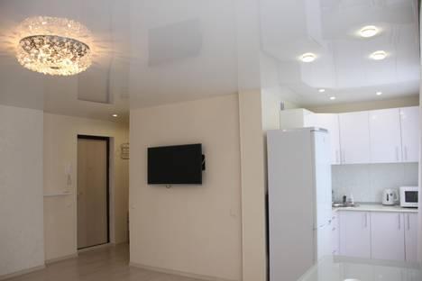 Сдается 2-комнатная квартира посуточнов Ревде, Малышева, 7.