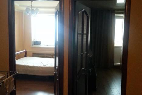 Сдается 3-комнатная квартира посуточно в Казани, ул. Адоратского, 39а.