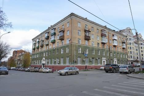 Сдается 1-комнатная квартира посуточнов Перми, газеты звезда 14.