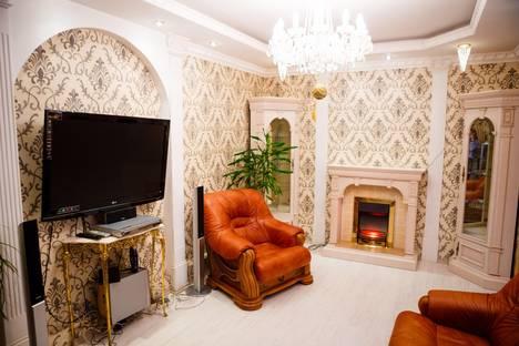 Сдается 3-комнатная квартира посуточно в Курске, ул.Бойцов 9 дивизии, 189а.