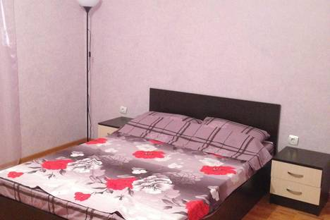 Сдается 1-комнатная квартира посуточно в Стерлитамаке, ул. Караная Муратова, 5.