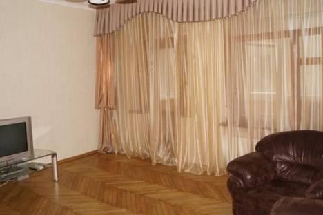 Сдается 2-комнатная квартира посуточно в Харькове, Сумская улица, д. 69.