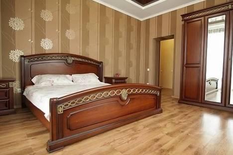 Сдается 3-комнатная квартира посуточно в Харькове, Культуры улица, д. 22б.