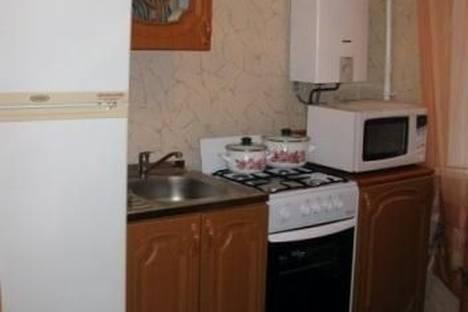 Сдается 1-комнатная квартира посуточно в Петрозаводске, Гагарина площадь, д. 2.