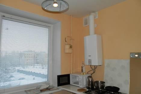 Сдается 3-комнатная квартира посуточно в Петрозаводске, Ленина проспект, д. 37.