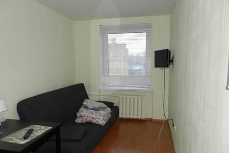 Сдается 1-комнатная квартира посуточно в Петрозаводске, Ленина проспект, д. 35.